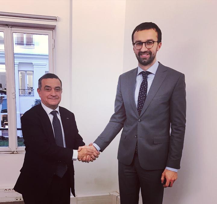 Un parlementaire ukrainien en visite à la Haute Autorité