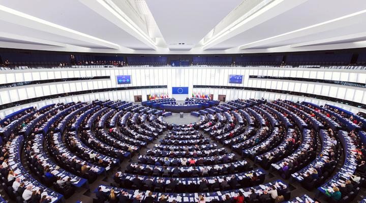 Publication des déclarations d'intérêts des représentants français au Parlement européen de la IXème législature